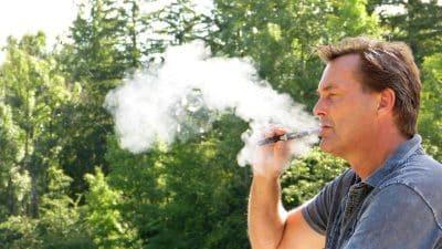 Et si vous tentiez d'arrêter de fumer avec la cigarette électronique ?